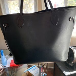 Louis Vuitton Epi Neverfull MM Black Leather